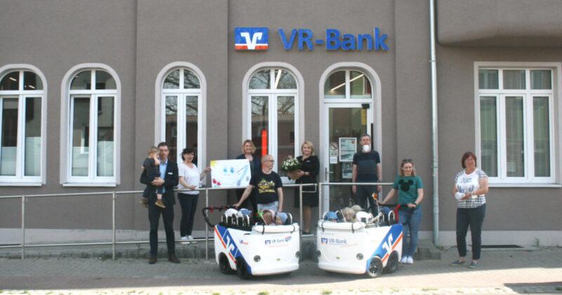 Kinderbus, gesponsert von der VR-Bank Uckermark-Randow e.V. in Löcknitz