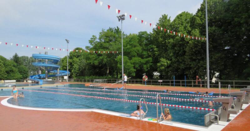 Schwimmunterricht in den Ferien